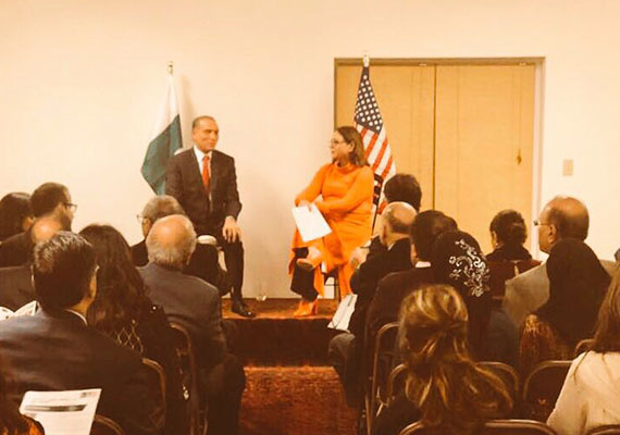 In-his-remarks-to-the-Pakistani-Americans,-Ambassador-Chaudhry