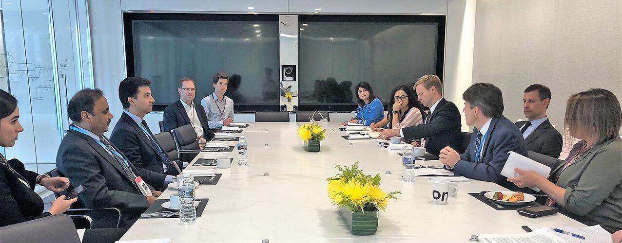 bloomberg-editorial-meeting
