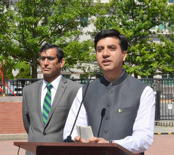 addressing-Flag-Hoisting-Ceremony